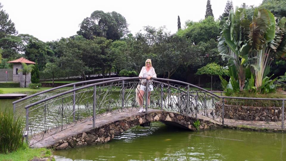 Tem um laguinho, que rende muitas fotos para todos que visitam o local