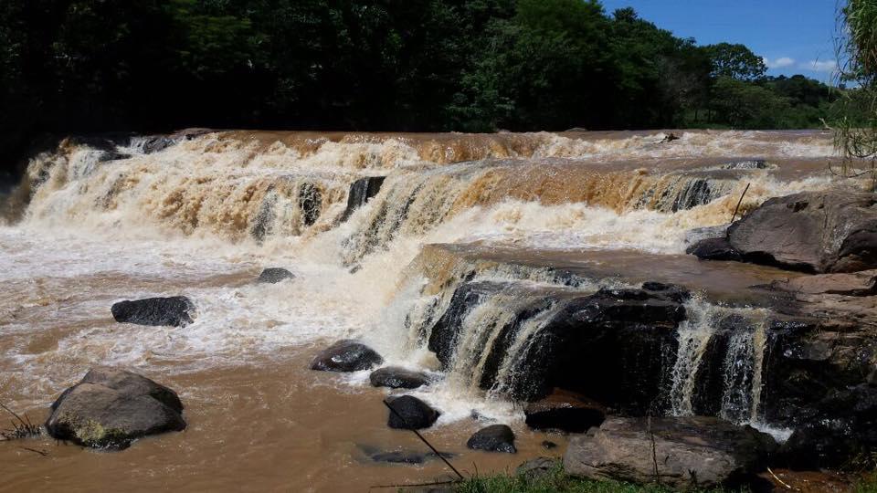Cachoeira do Rio do Peixe, vista da parte de fora do restaurante