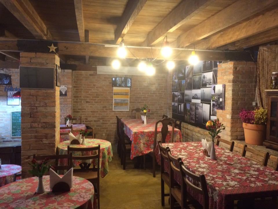 Fotos da parte de dentro do restaurante