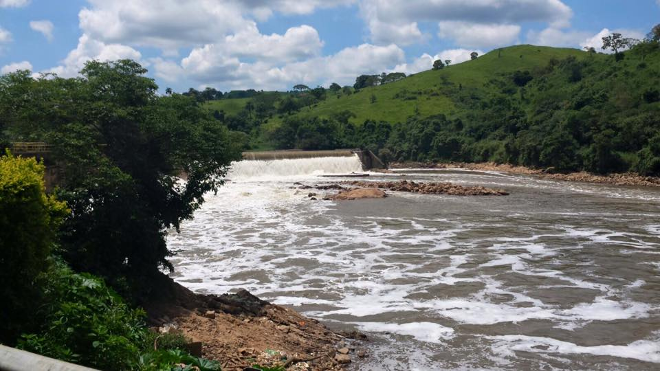 Aproveite para ver no caminho, o Rio Tietê limpo!