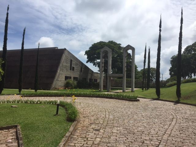 A entrada do Mosteiro, muito bem cuidado e relaxante