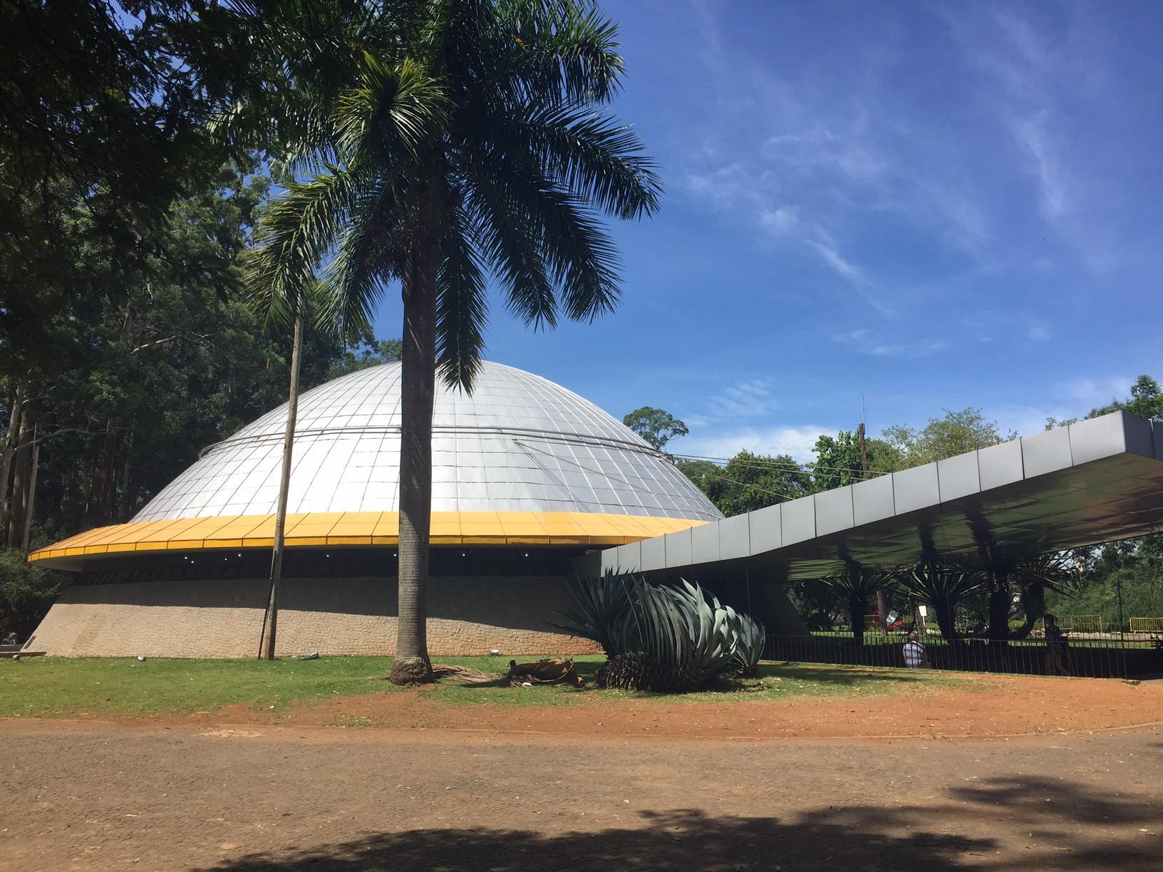 O planetário do parque do ibirapuera: para ver o céu e aprender sobre constelações, planetas e estrelas
