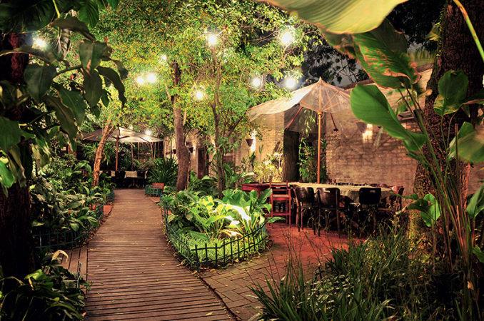 O jardim do local é o melhor lugar para ficar! Um charme