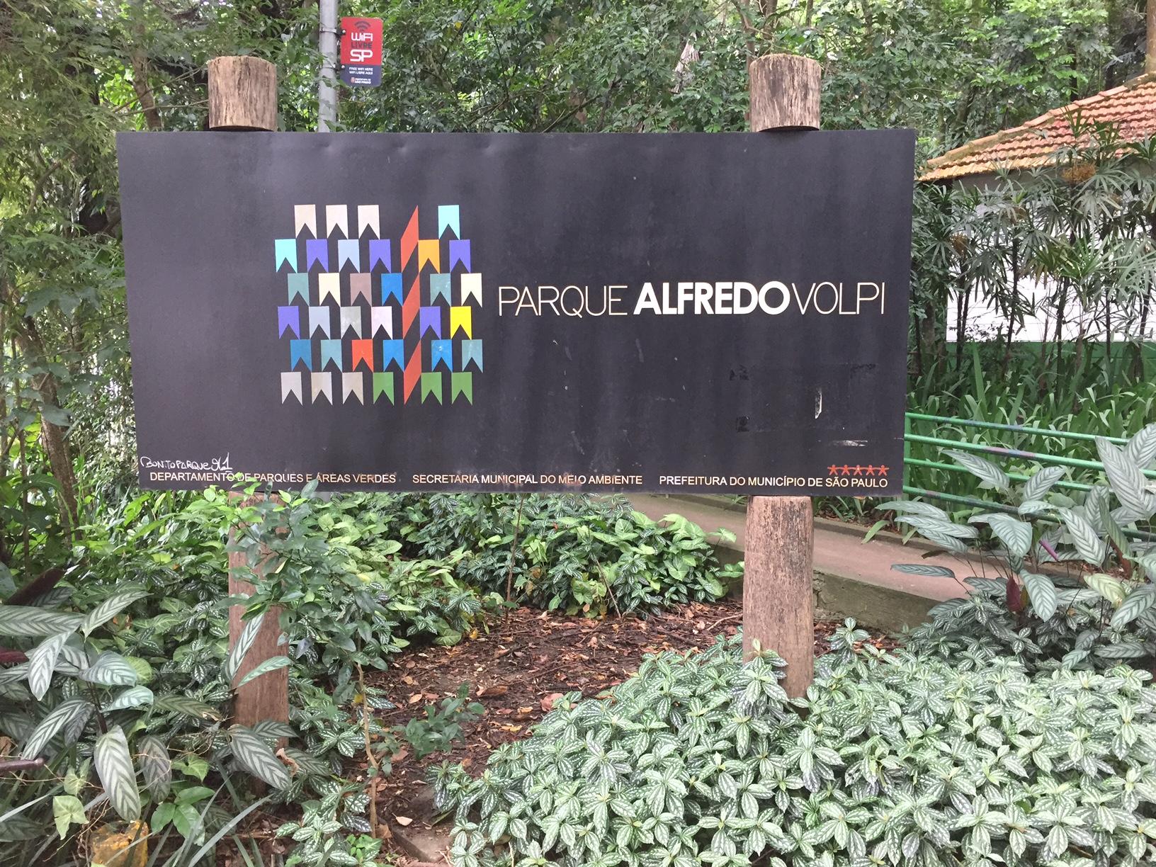 Parque Alfredo Volpi, na Cidade Jardim