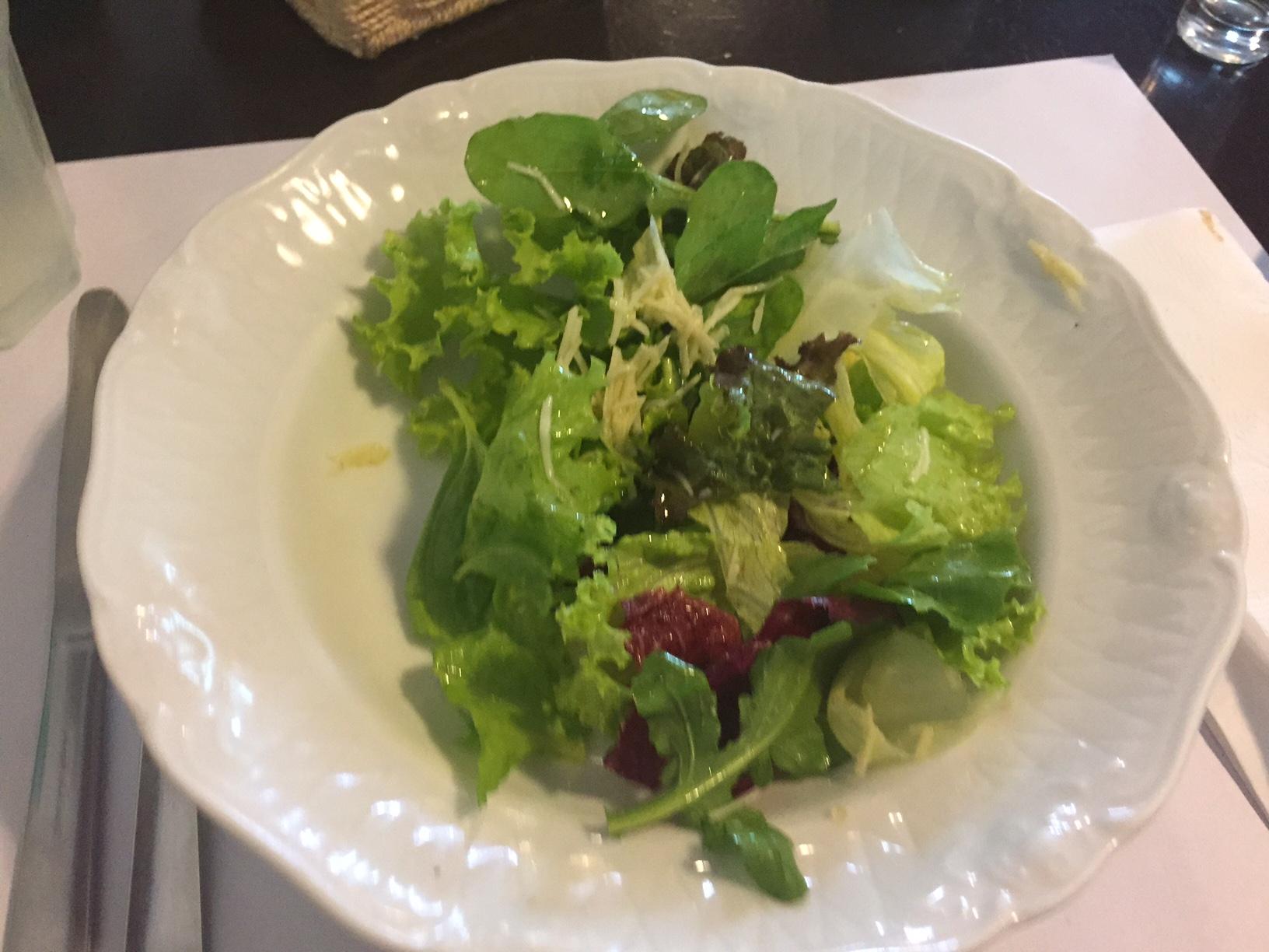 Eu optei pela saladinha de entrada, o tempero estava ótimo!